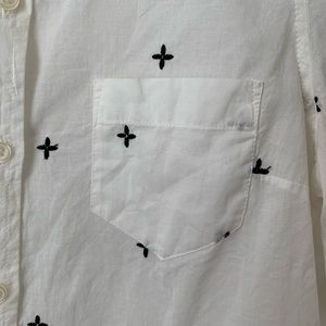 Old Navy Tops - Old Navy button down black cross stitching